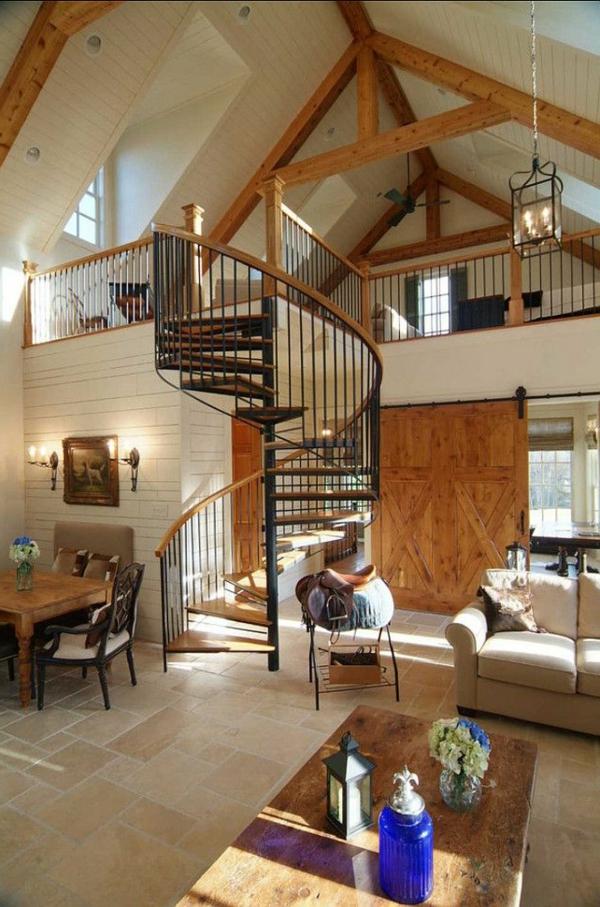 gemütliches-Haus-.mit-Innentreppe-aus-Holz