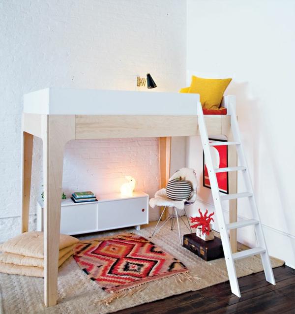 Das hochbett ein traumbett f r kinder und erwachsene for Kleines sofa zum ausklappen