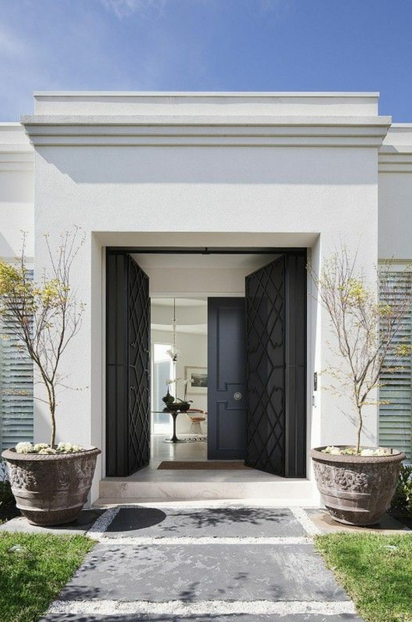 hochwertige-eingangstüren-mit-modernem-und-stilvollem-design-