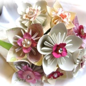 Origami Blume und mehr - die besten Ideen für eine farbenfrohe Dekoration