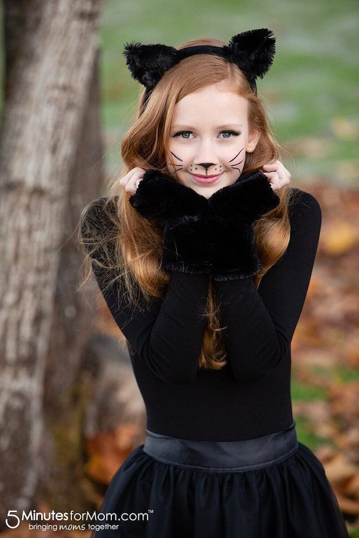 Halloween Kostüme für Mädchen, schwarzes Kleid, schwarze Handschuhe und Katzenohren
