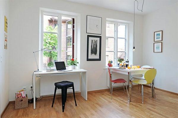 Kleine Räume Einrichten Große Fenster Und Ein Schreibtisch