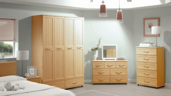 -kleines-Schlafzimmer-einrichten-schöne-Ideen-Schlafzimmer-Set-
