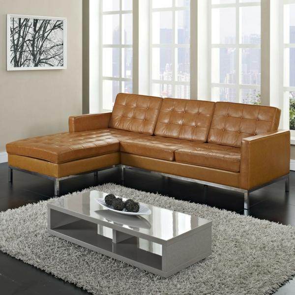 -komfortables-sofa-aus-leder-für-das-wohnzimmer