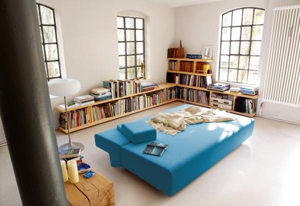 komfortables-und-modernes-schlafsofa-in-blauer-farbe-
