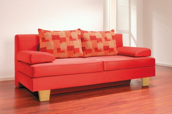 komfortables-und-modernes-schlafsofa-in-rot