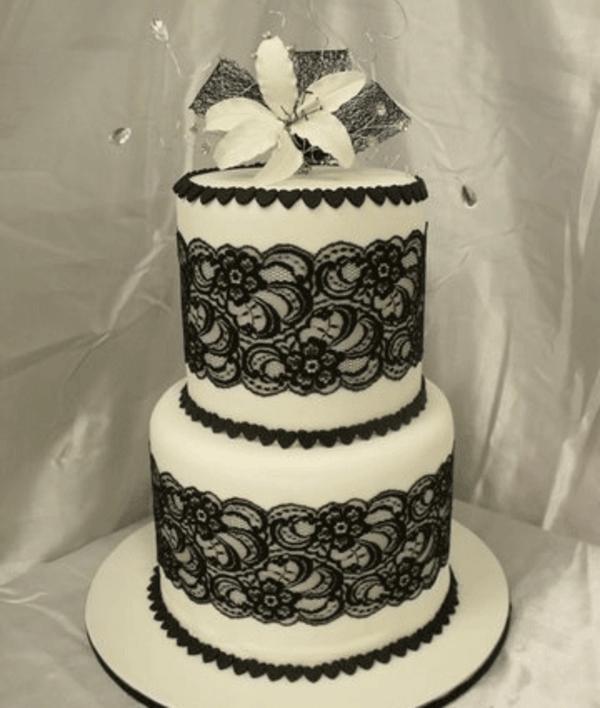 Atemberaubendes Beispiel für mehrstöckige Torte für Hochzeit!