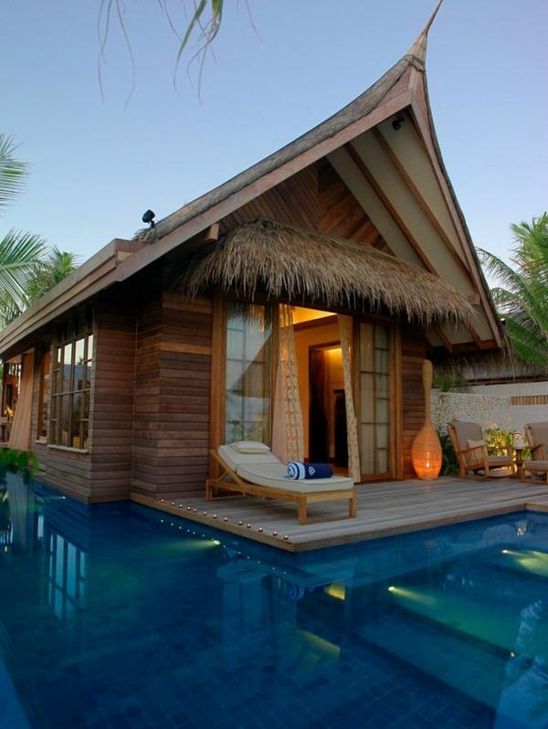 luxus-villa-mit-einem-fantastischen-pool-luxuriöses-design-