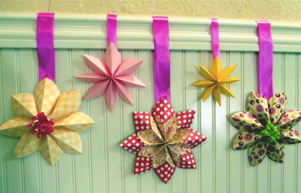 origami-gefaltet-hängend
