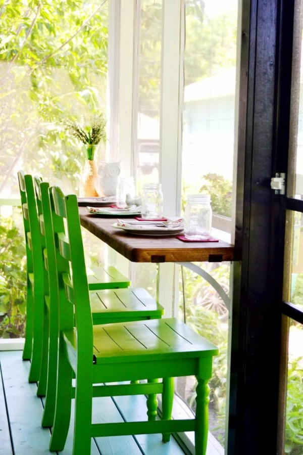 modern-küchenideen-für-eine-küche-mit-küchenbar-mit-grünen-barstühlen