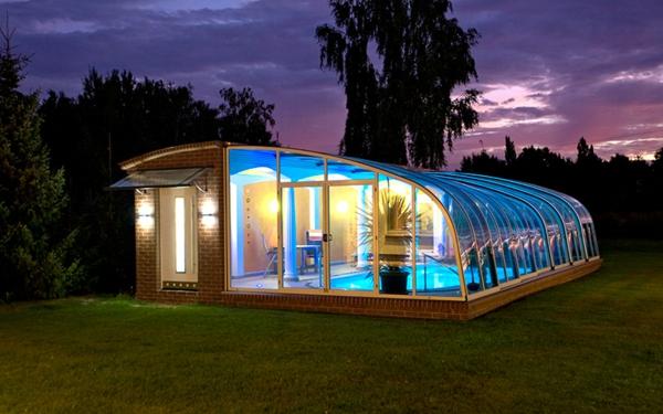 moderne--elegante-Poolüberdachungen-mit-schönem-Design
