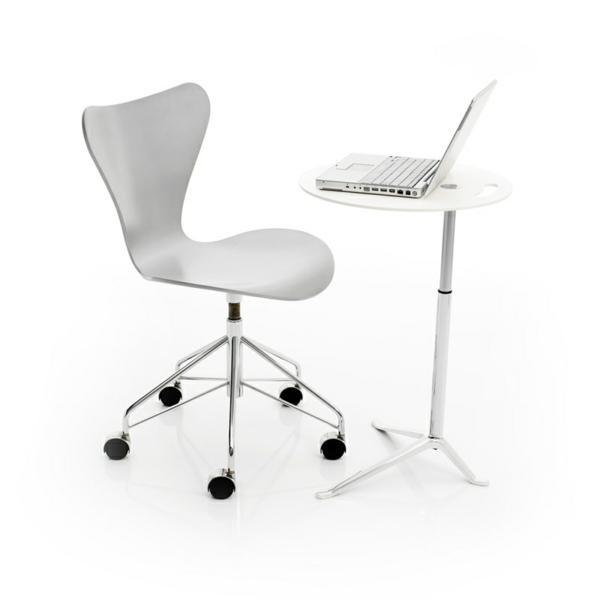 moderner-Arbeitsplatz-Schreibtischstuhl-in-weißer-Farbe