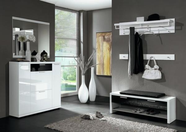 modernes-Möbelset-praktische-und-effektvolle_Dielenmöbel-mit-schönem-Design