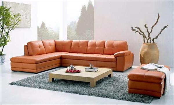 modernes-wohnzimmer-einrichten-ledercouch-design--