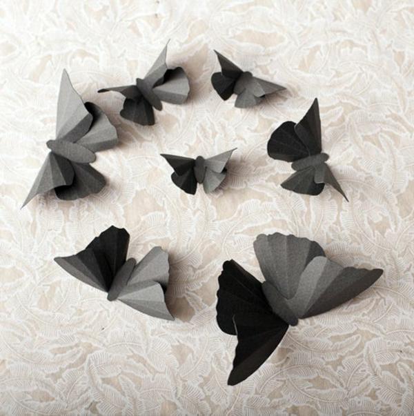 schwarze-origami-schmetterlinge