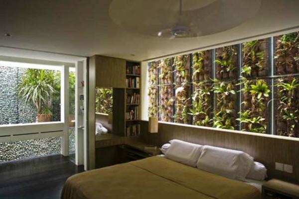 pflanzen im schlafzimmer an der wand ber dem bett. Black Bedroom Furniture Sets. Home Design Ideas