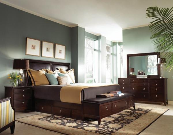 pflanzen-im-schlafzimmer-mit-hölzernen-möbeln