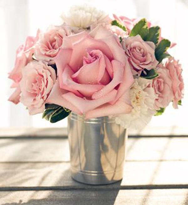 rosen-vase-silber-eimer