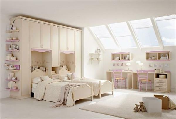 schlafzimmer inspiration - zwei hellfarbige betten