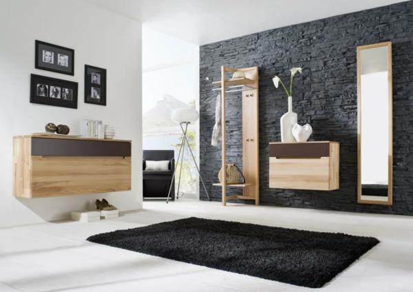 praktische-und-effektvolle_Dielenmöbel-mit-schönem-Design-Buche