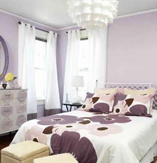 Romantisches Schlafzimmer Design Eleganter Lüster über Dem Großen