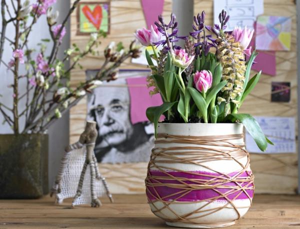 rosa-gelb-violett-als-tischdeko