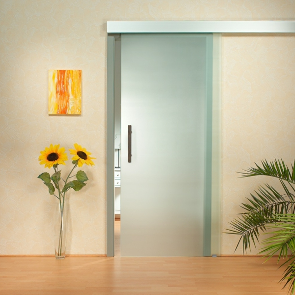 schöne-gleittüren-glas-super-schöne-modelle-zimmertüren