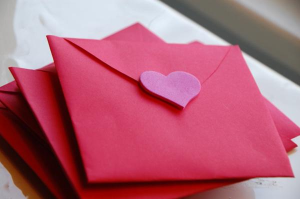 schöne-ideen-valentinstag- -deko-herzen-ideen-valentinstag-karte
