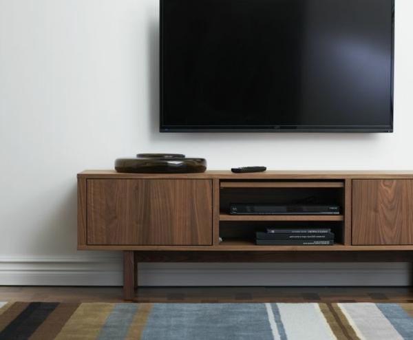 schönes-Interior-Design-Fernsehmöbel-mit-coolem-Design-für-ein-modernes-Wohnzimmer