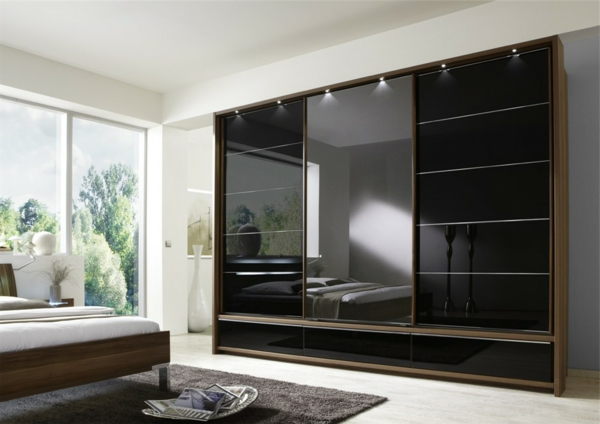 schiebeturen kleiderschrank holz. Black Bedroom Furniture Sets. Home Design Ideas