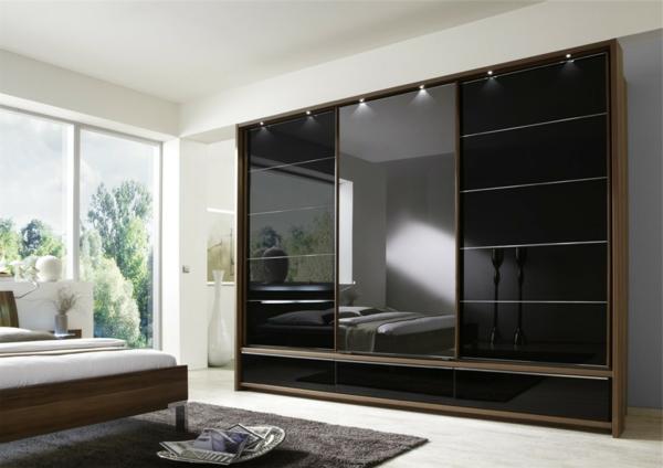 schwarzer-Kleiderschrank-Schiebetüren-schöne-Ideen-für-Interior-Design