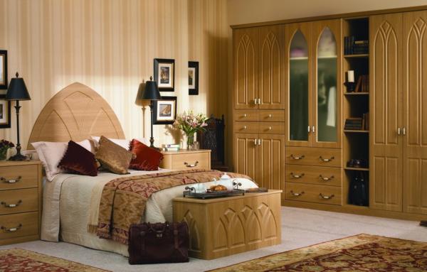 sehr-inspirierendes-modell-eckschrank-im-schlafzimmer
