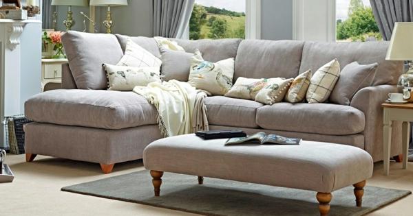 sofa-in-beige-schönes-design