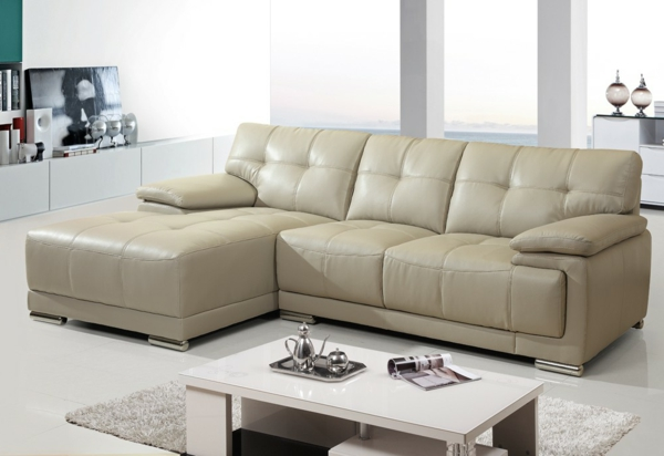 sofa-mit-schlaffunktion-ledercouch-weiß-super-schickes-design-wohnzimmer-idee