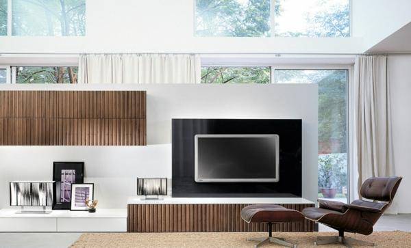 Moderne Fernsehwand - für einen noch angenehmen Filmabend!