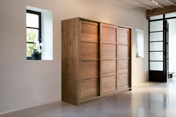kleiderschrank mit schiebet ren 100 modelle. Black Bedroom Furniture Sets. Home Design Ideas
