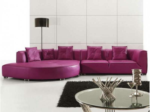 super-schönes-wohnzimmer-einrichten-ledercouch-design-