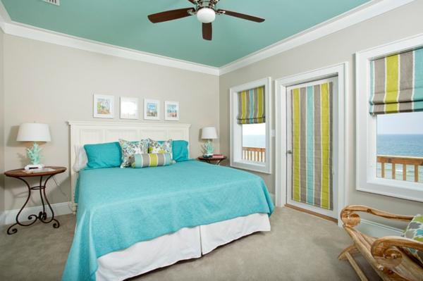 zimmerdecke streichen- bunte jalousien im schlafzimmer
