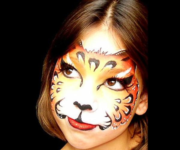 tiger-schminken-ein-wunderschönes-mädchen