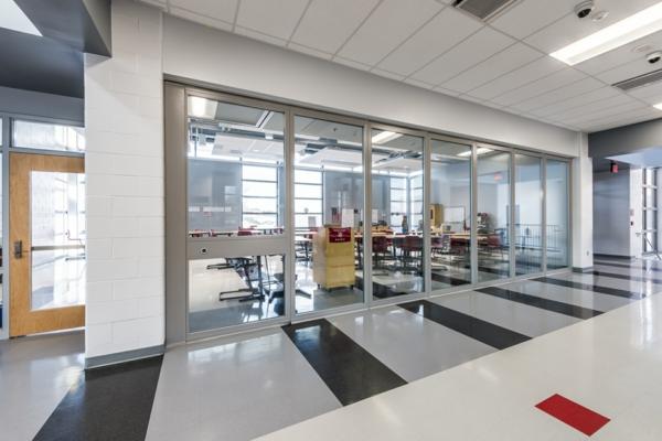 tolle-Einrichtungsideen-Innenarchitektur-Trennwandsysteme -modernes-Design-Büro-Einrichtung