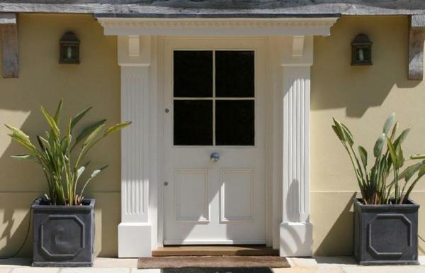 Weiße eingangstüren  Fantastische Eingangstüren für Ihre Wohnung ! - Archzine.net