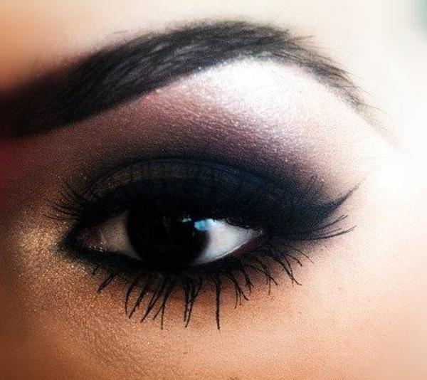 augen schminken - dunkles make up - sehr schön