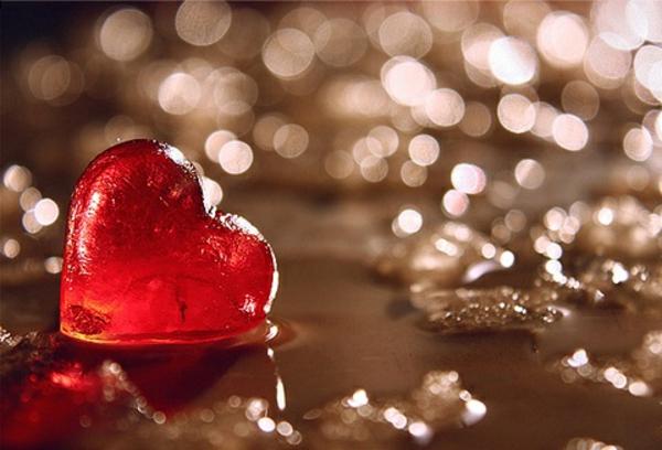 valentinstag-herz-weis-rot