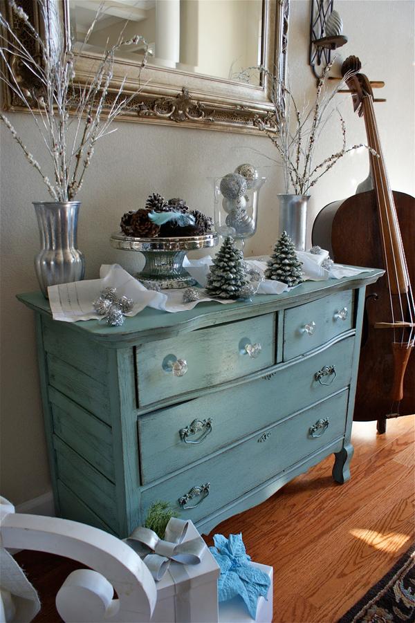 weihnachtsdeko-mit-silberne-vasen