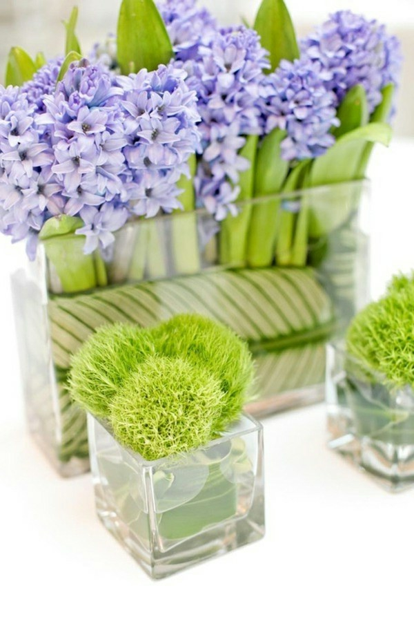 violett-und-grün-als-farbthema-für-deko