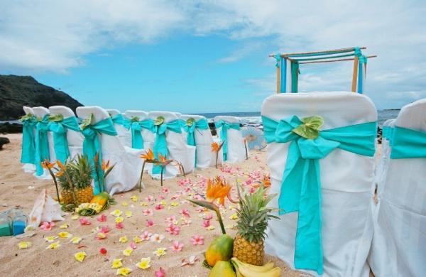 wedding setup tourquise color for the tami and albert wedding