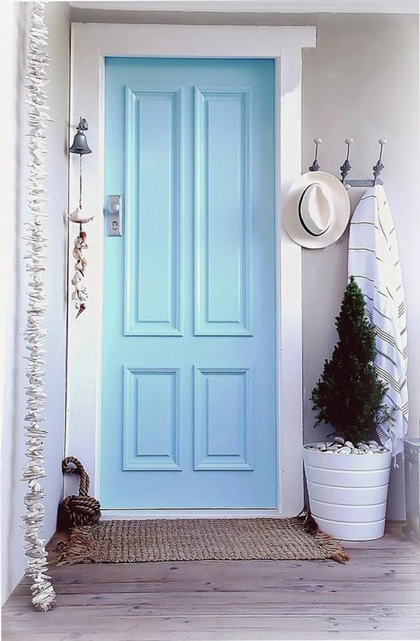 wunderbare-gestaltung-moderne-ambiente-eingangstür-blau