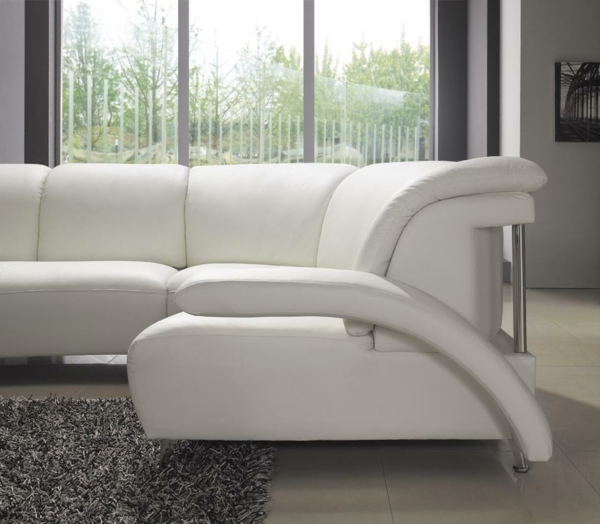 ledercouch ein bequemes m belst ck im hause. Black Bedroom Furniture Sets. Home Design Ideas