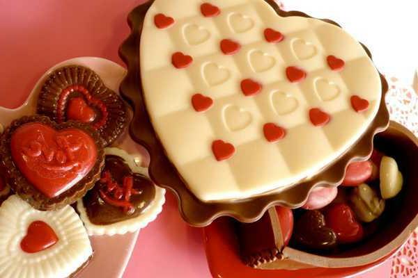 wunderschöne-ideen-für-valentinstag-süßigkeiten-in-form-eines-herzens-selber-machen