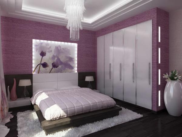 weißes bett und moderne beleuchtung für schlafzimmer